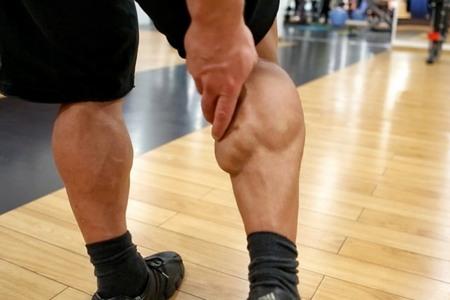 Вправи для накачування литок ноги в домашніх умовах