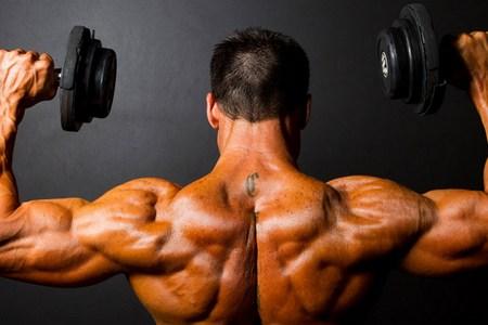 Способи швидкого накачування плечей в домашніх умовах