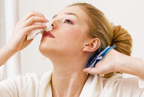 выделение из носа