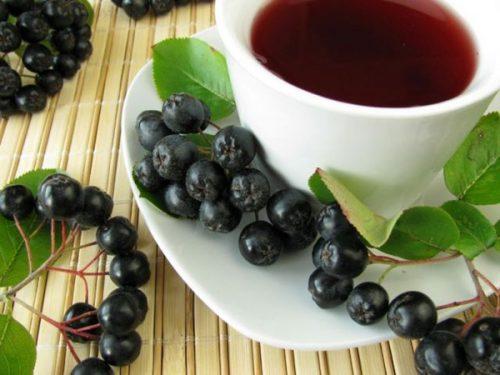 ягоды черноплодной рябины в чай