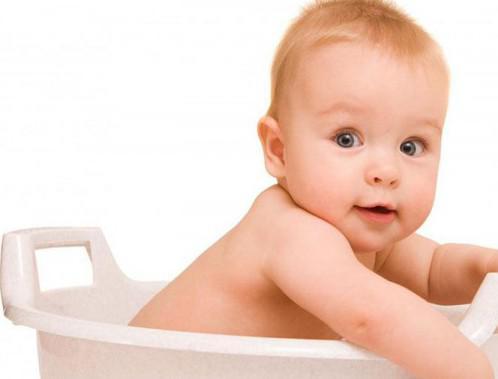 как правильно промывать нос ребенку до месяца
