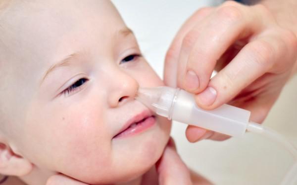 Устранение отека при рините солевыми растворами у детей