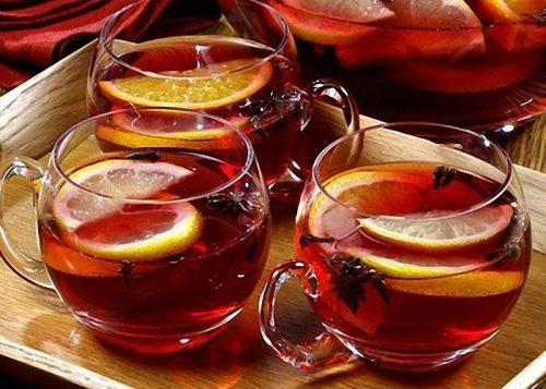 чай с имбирем, черносливом, вином от простуды
