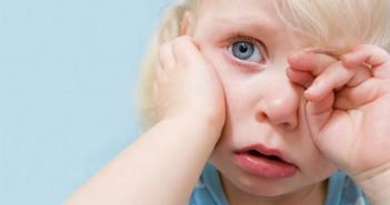 боль в ухе у ребёнка