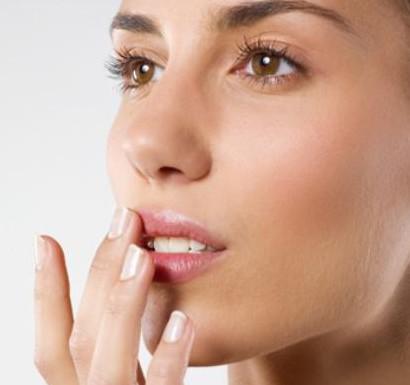 Герпес как причина боли в носу