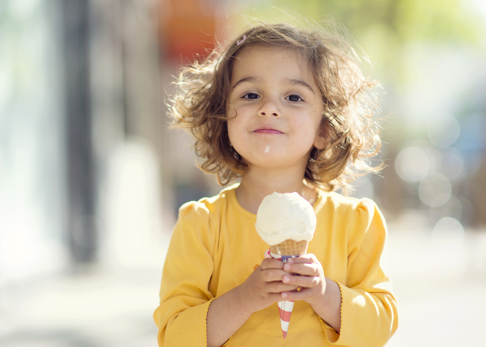 RDH0011_mouth burns_ice_cream