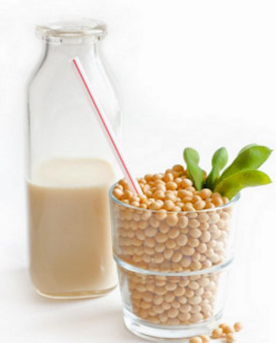 Susu-Almond-dan-Susu-Kedelai-Bukanlah-Susu