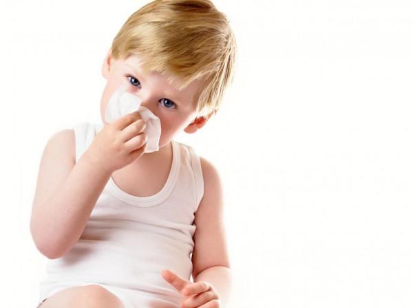 можно ли капать в нос альбуцид детям