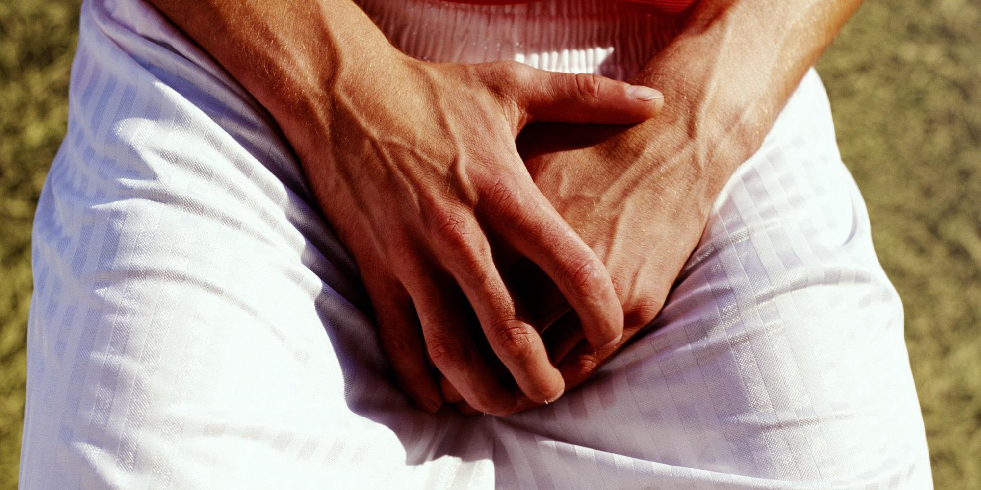 Почервоніння та свербіж на голівці у чоловіків: причини і лікування