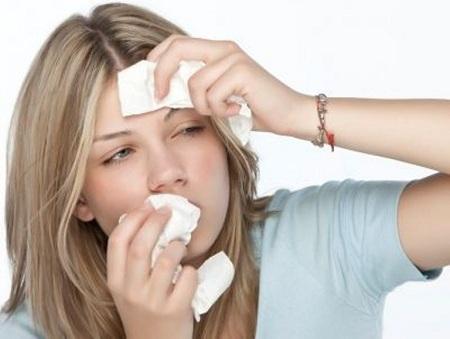 Причиной этмоидита могут быть различные заболевания носоглотки