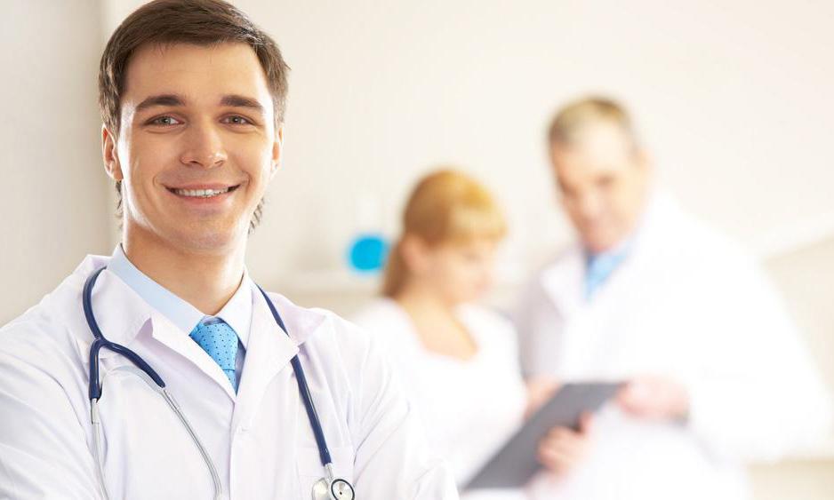 Білі прищики на голівці члена: причини і лікування
