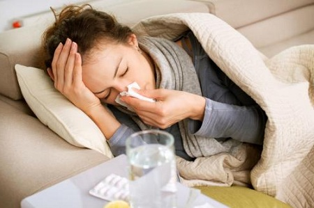 Причиной чаще всего служит обострение ОРВИ или похожего заболевания