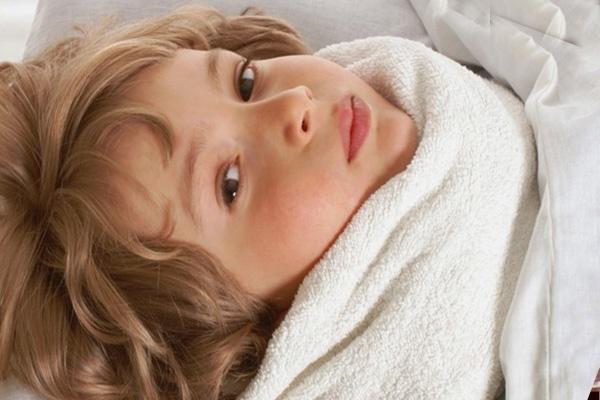 lechenije-anginy-bez-antibiotikov-kogda-pomogut-narodnyje-sredstva