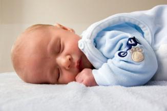 можно ли купать новорожденного при насморке