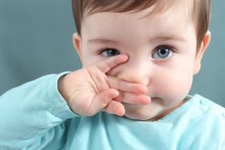 Как лечить вирусный насморк у ребенка