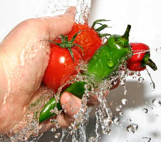 мытье овощей