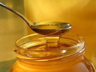 Использование мед при лечении хронического ринита