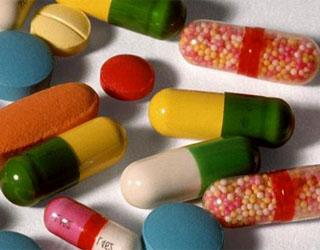 Одной из главных причин применения антибиотиков при скарлатине является снижение тяжести протекания болезни