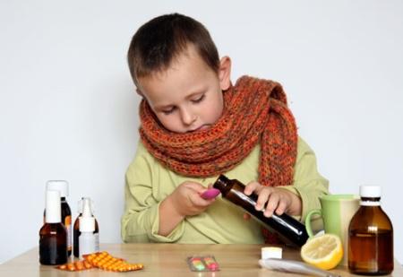 Лечение детей антибиотиками обычно проводится не менее 10 дней
