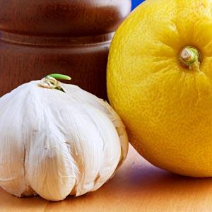slow-cooker-lemon-garlic-chicken